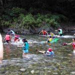 CSキャンプー川遊び